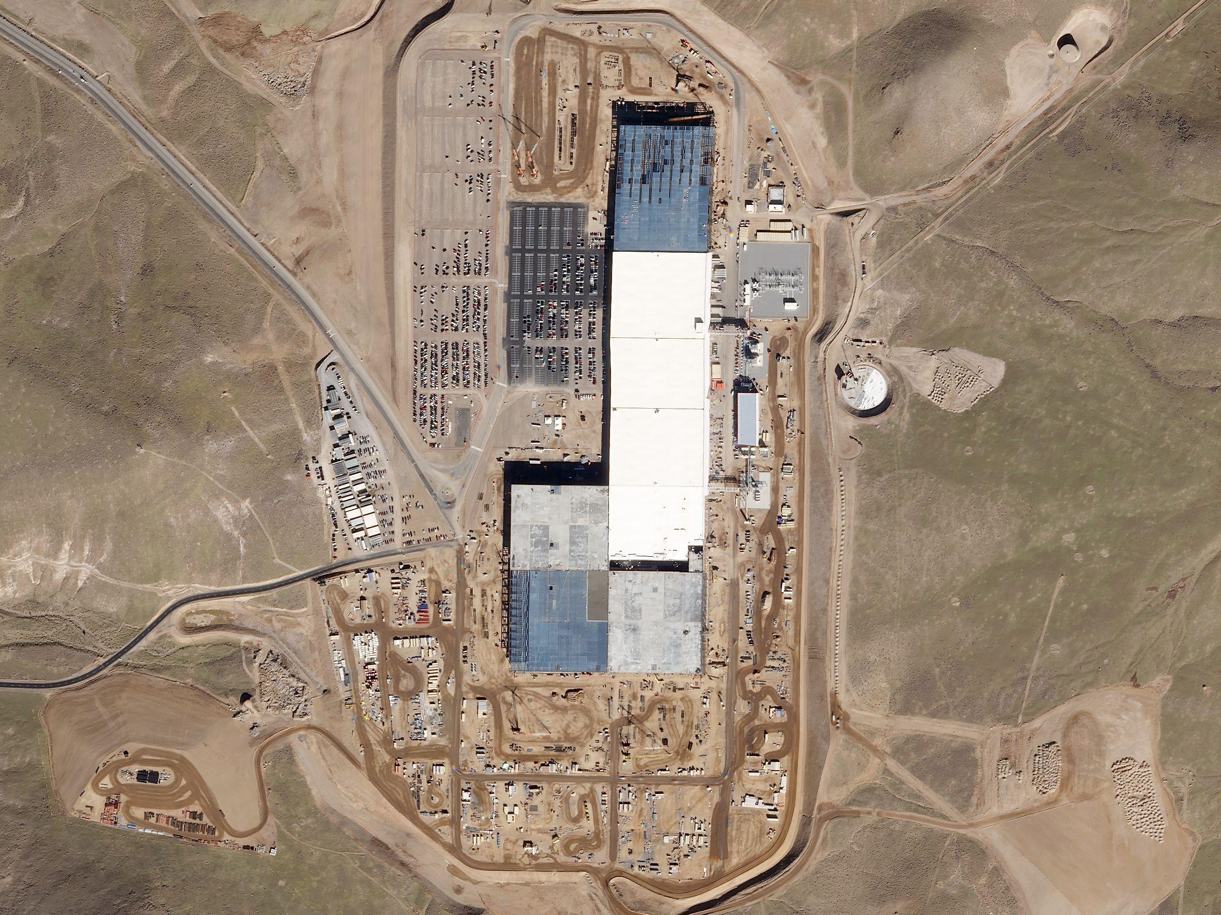 File Tesla S Gigafactory On 2016 11 10 By Planet Labs Jpg
