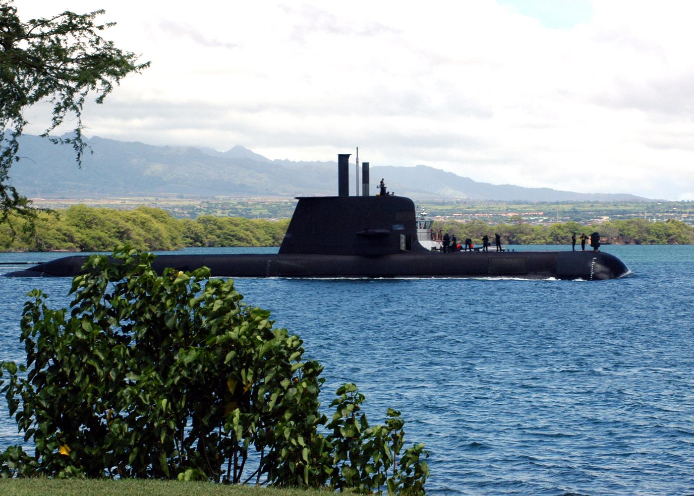US_Navy_040823-N-3019M-003_The_Australia