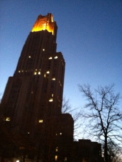 "Victory Lights bask the top of the Cathedral of Learning in gold following football victories University of Pittsburgh ""VICTORY LIGHTS"", Cathedral of Learning.jpg"