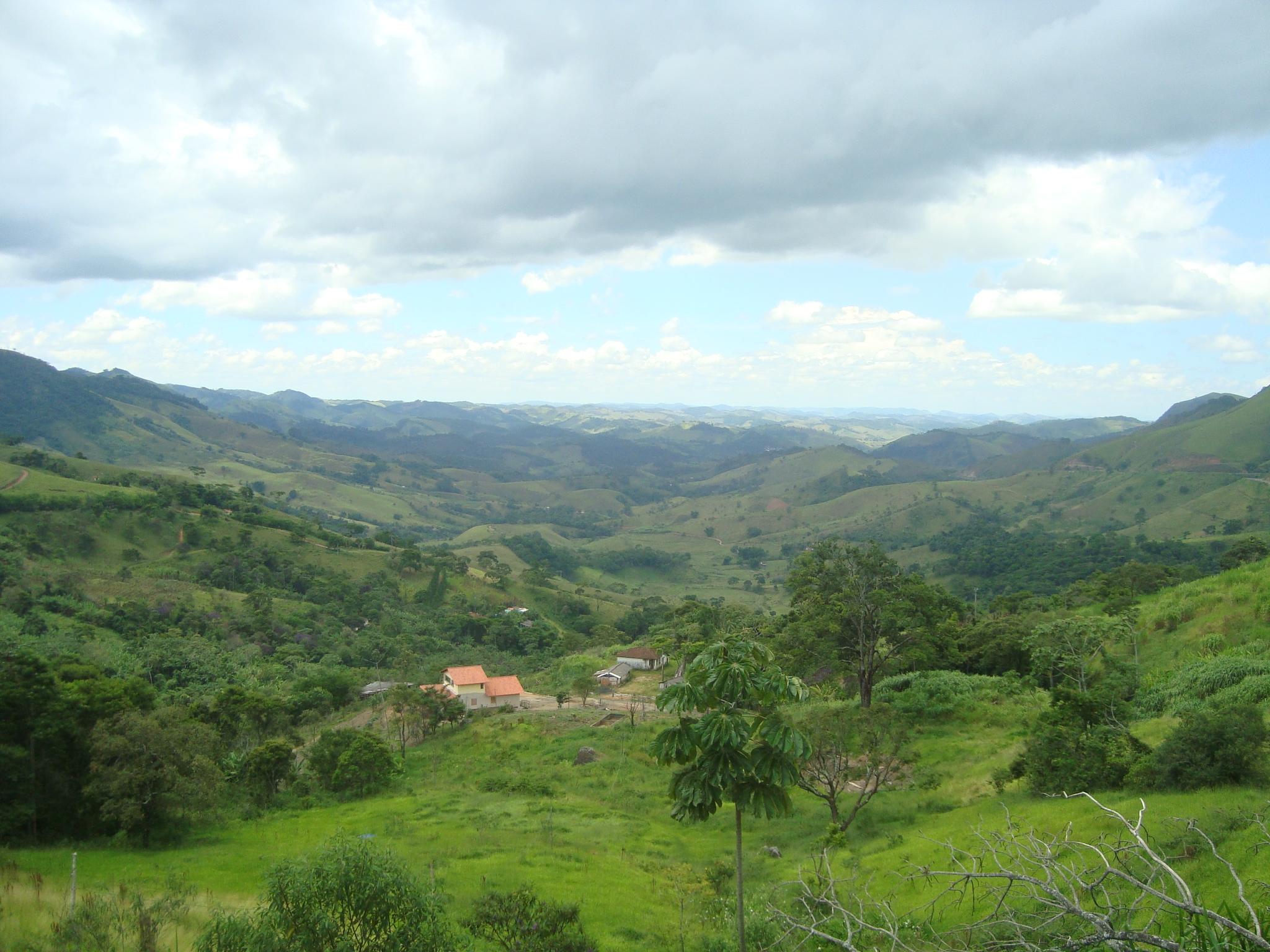 Santa Bárbara do Tugúrio Minas Gerais fonte: upload.wikimedia.org