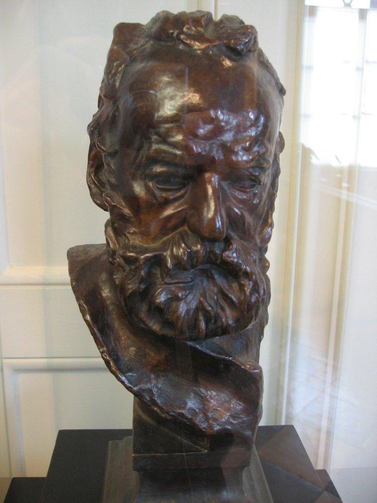 Victor_Hugo_-_Auguste_Rodin_1890.jpg