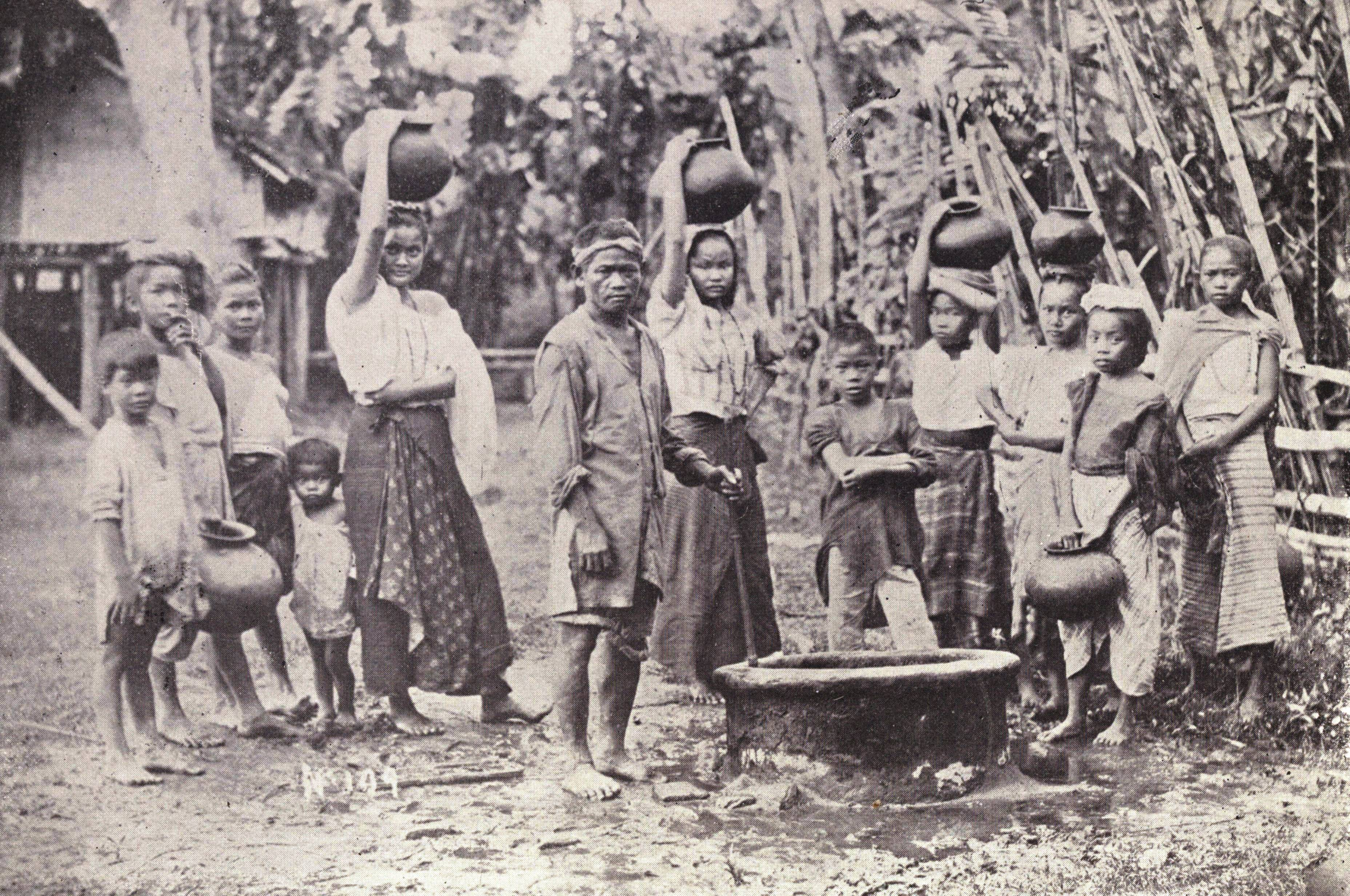 filipino socio cultural values during the pre spanish period The culture of the philippines is a the country's pre-colonial cultural traditions and the socio were written during the spanish period.