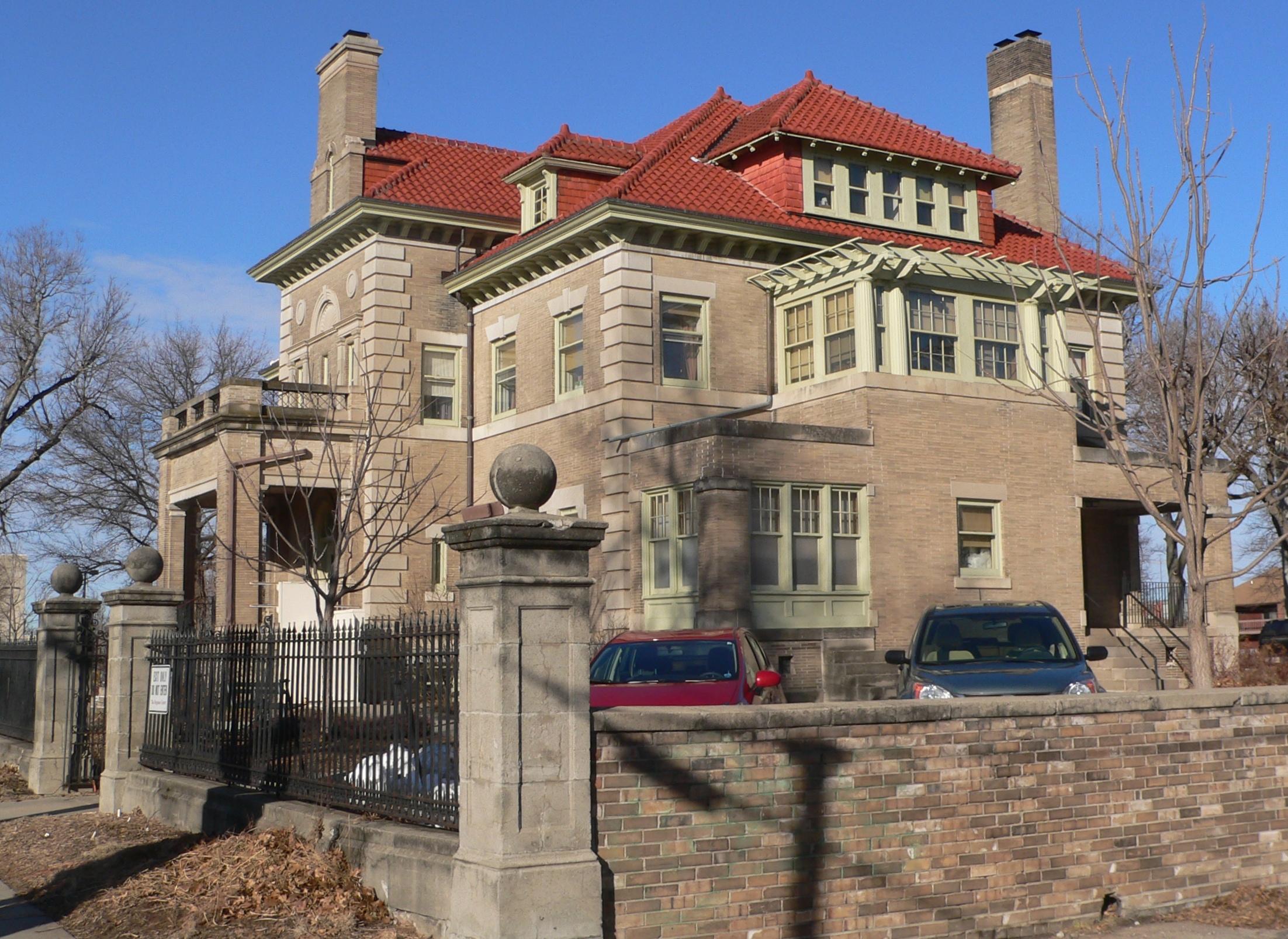 15 of nebraska 39 s most fascinating historic houses for Nebraska home builders