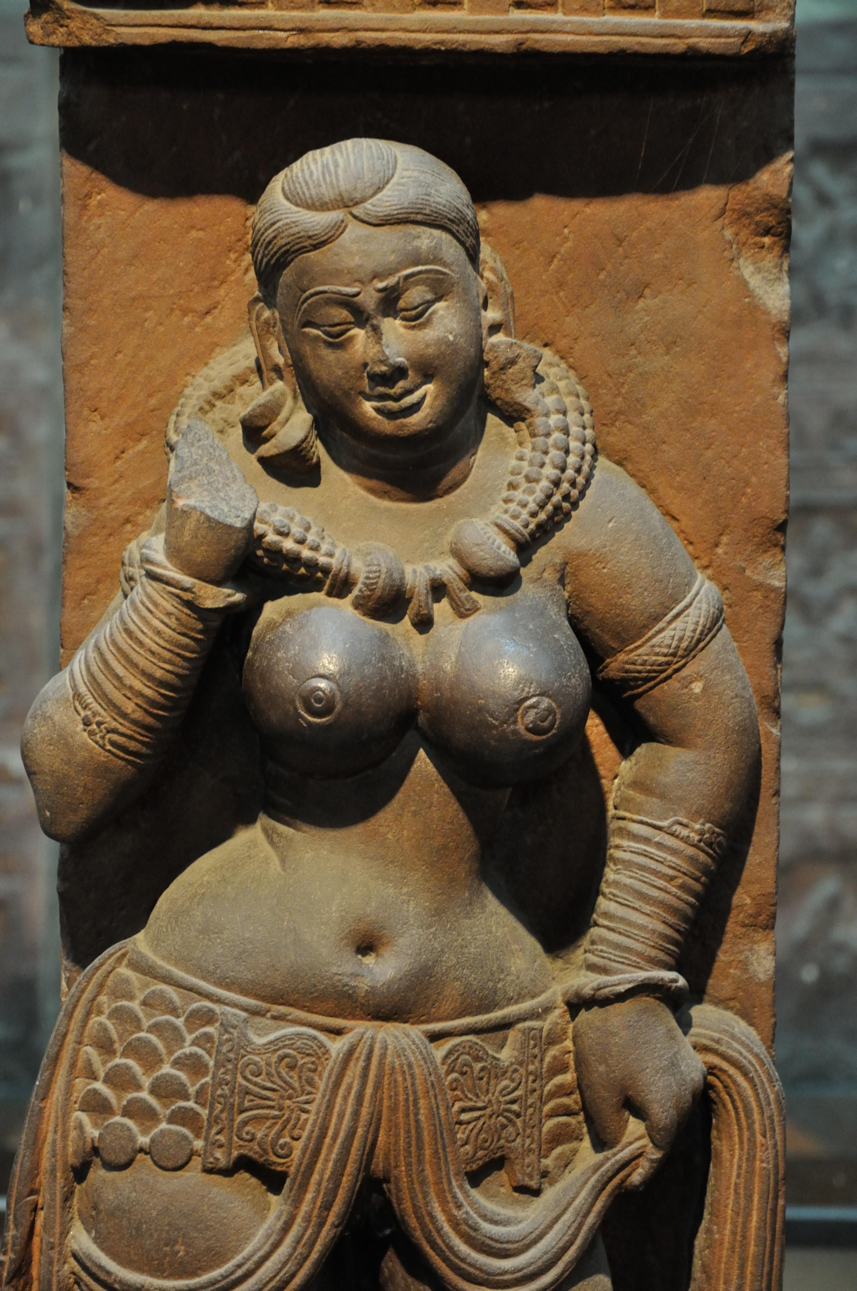 File Yakshi Railing Pillar 2nd Century Ce Sand Stone Mathura Indian Museum Kolkata