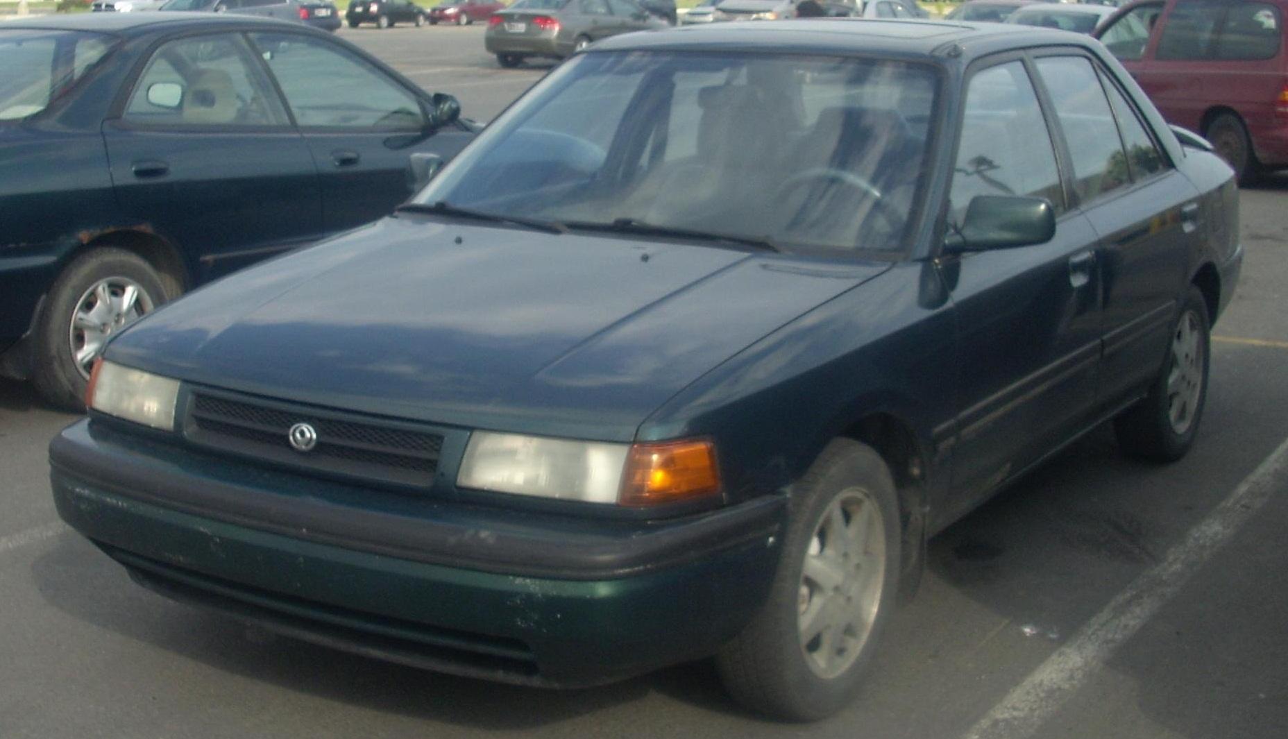 File:'93 Mazda Protegé.jpg - Wikimedia Commons