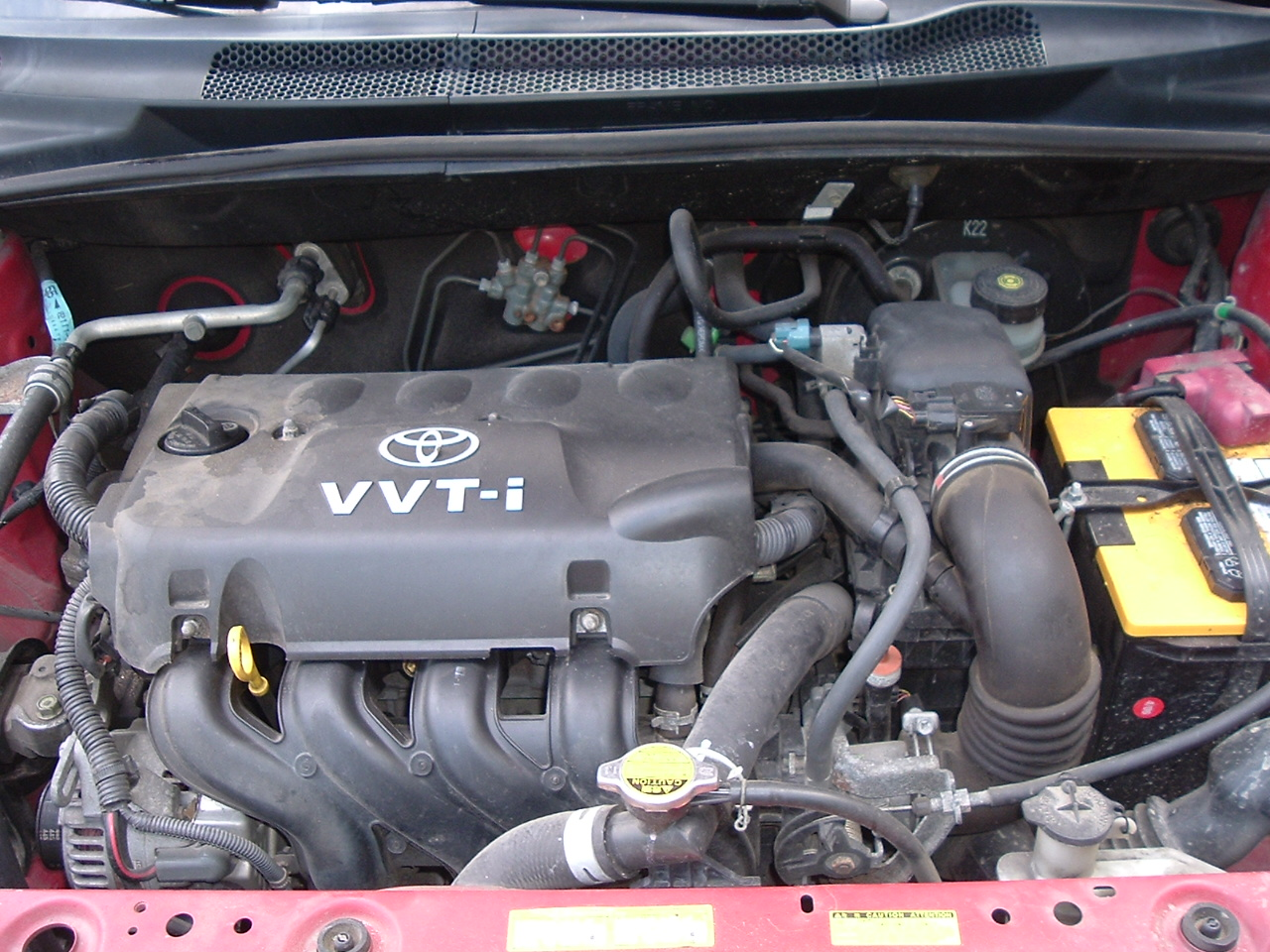 File 2001 Toyota Echo Engine Jpg Wikimedia Commons
