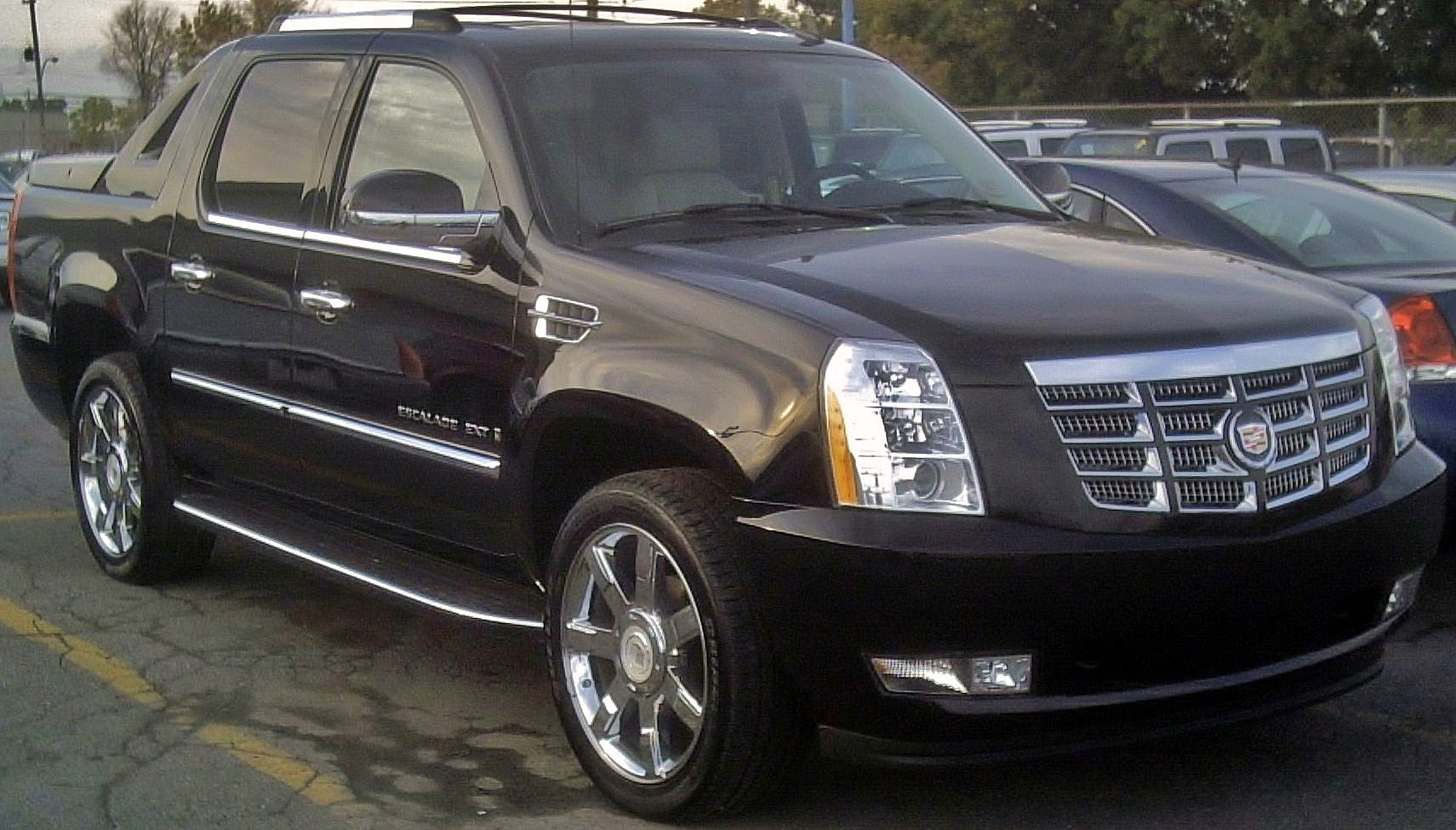 2012 Cadillac Escalade Platinum For Sale >> File:2007 Escalade EXT.JPG - Wikimedia Commons