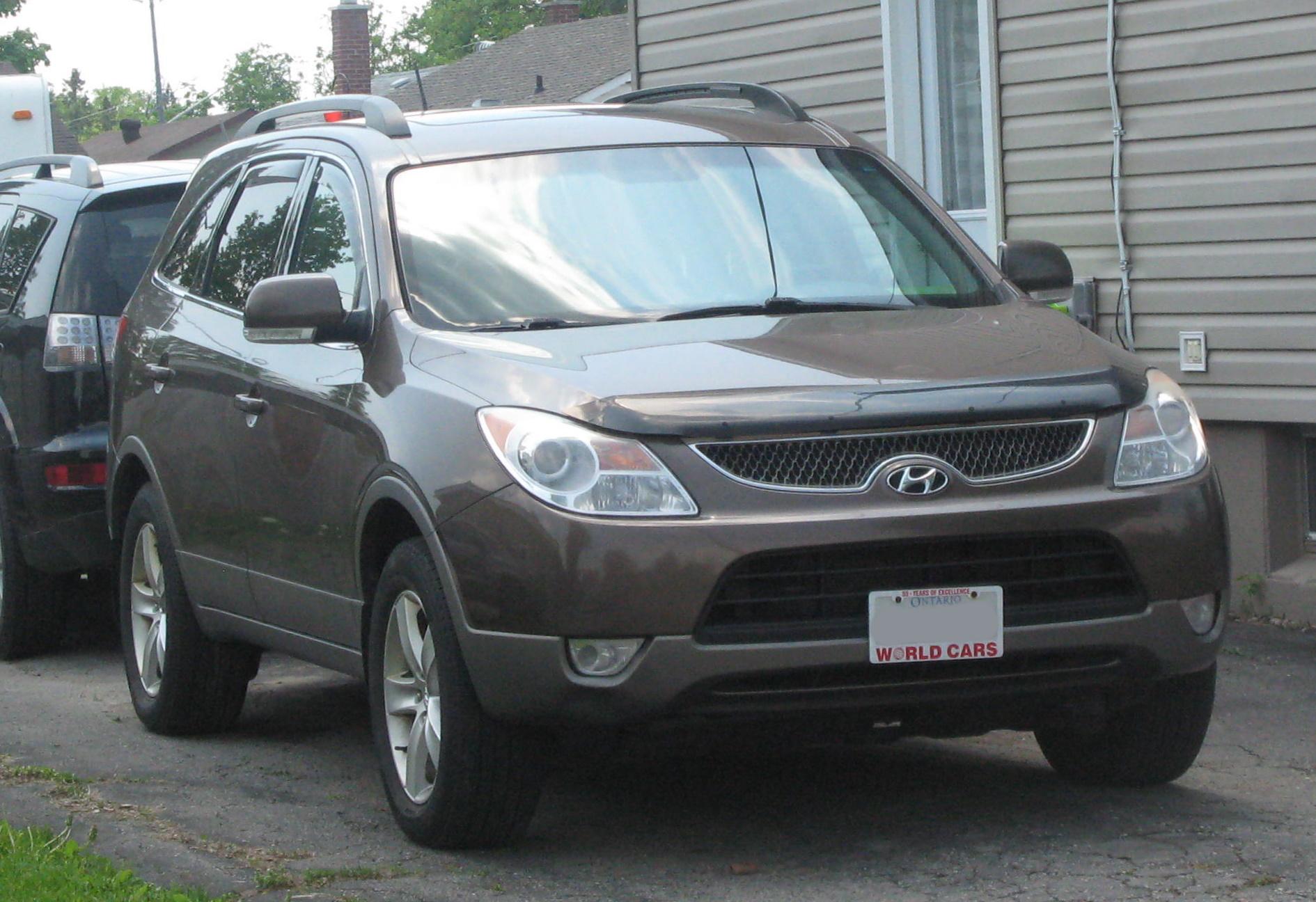 File:2010 Hyundai Veracruz, Front Right, 06-02-2020.jpg ...