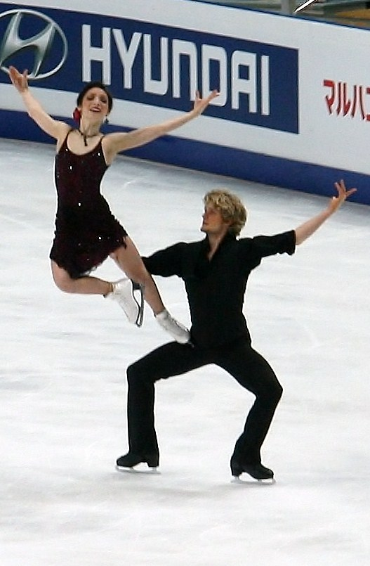 Meryl Davis and Charlie White ice dance lift