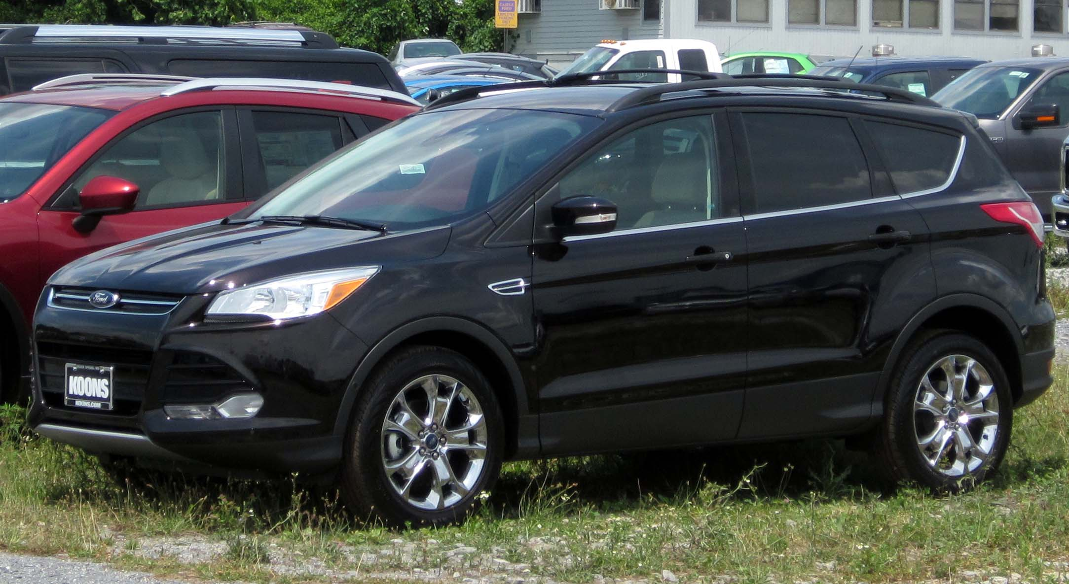 Kuga Dimensions >> File:2013 Ford Escape -- 07-11-2012.JPG - Wikimedia Commons