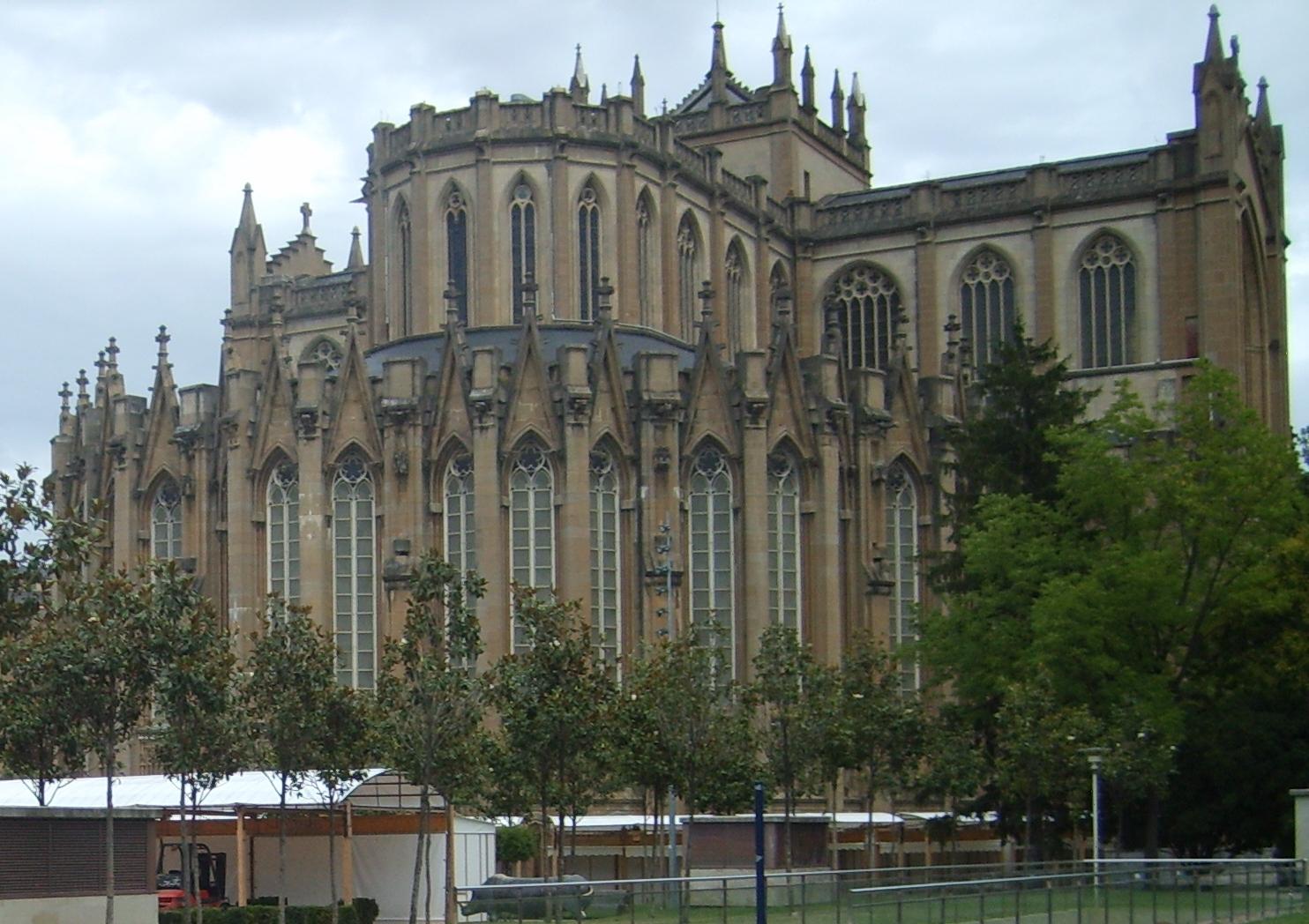 Catedral de María Inmaculada (Vitoria-Gasteiz)  Tejas Borja