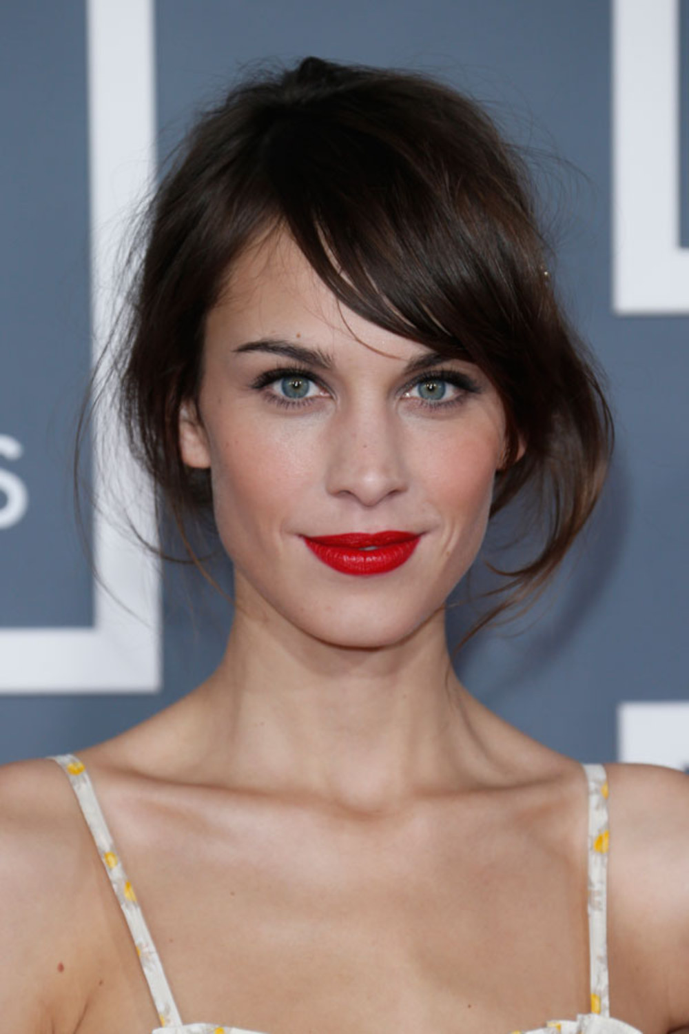 The 36-year old daughter of father (?) and mother(?) Alexa Chung in 2020 photo. Alexa Chung earned a million dollar salary - leaving the net worth at 8 million in 2020