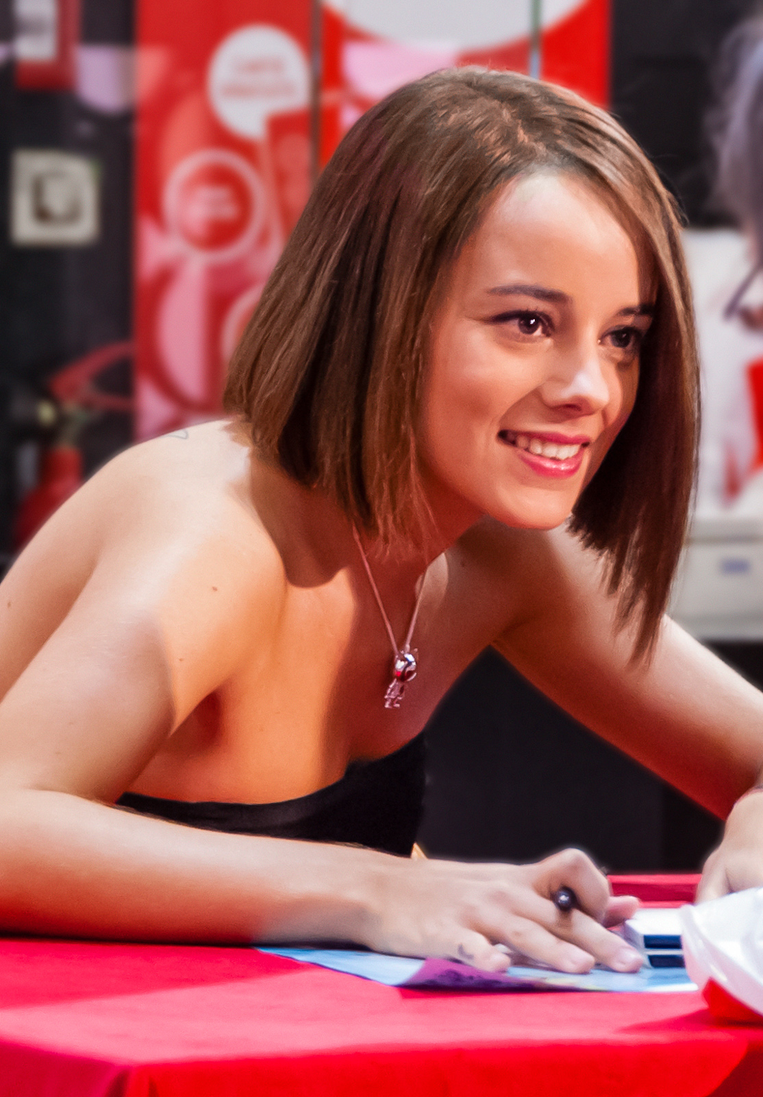 alizee now and then - photo #23