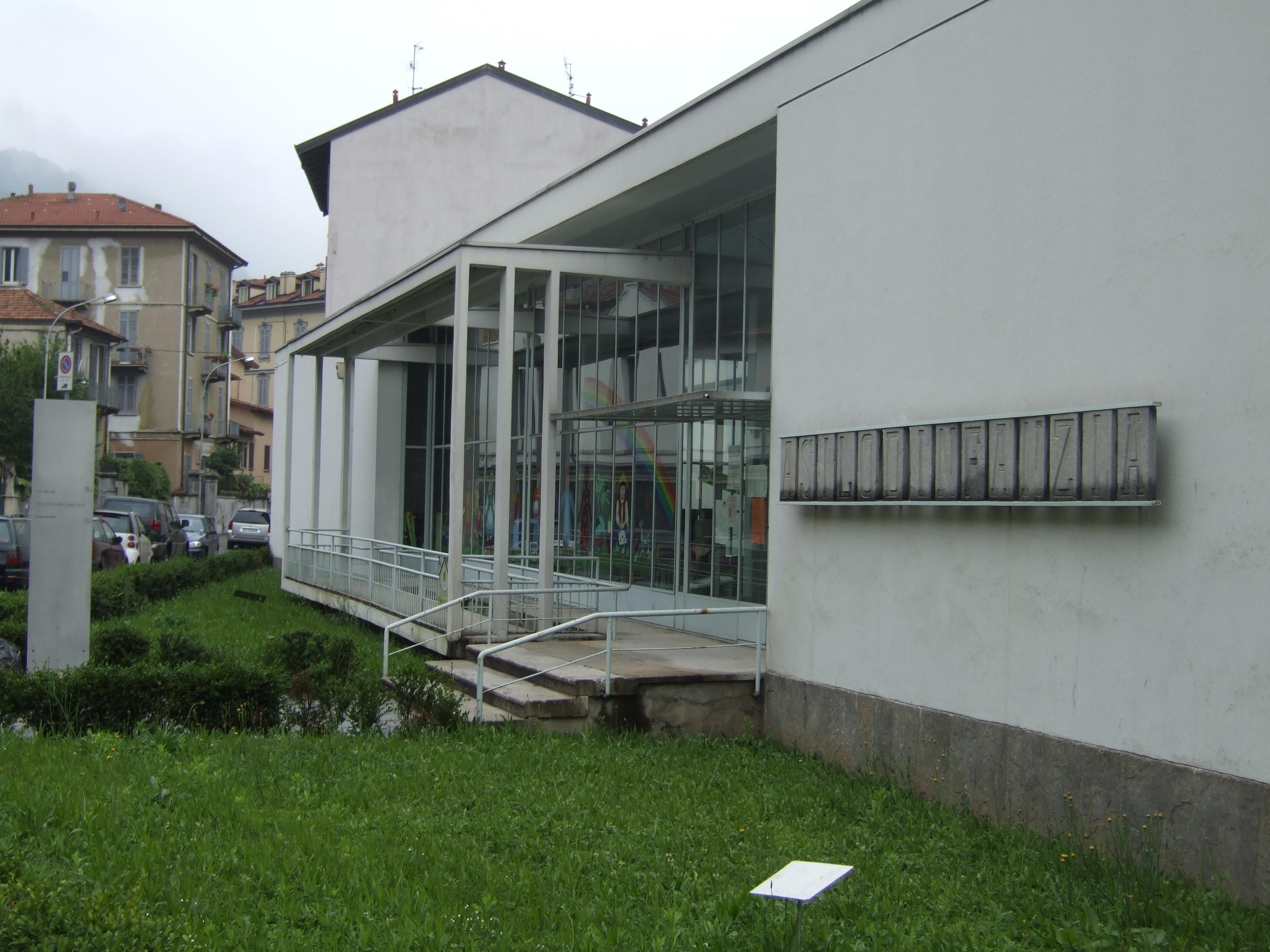 Nei dintorni guida turistica informale di varese e dintorni for Architetto sant elia