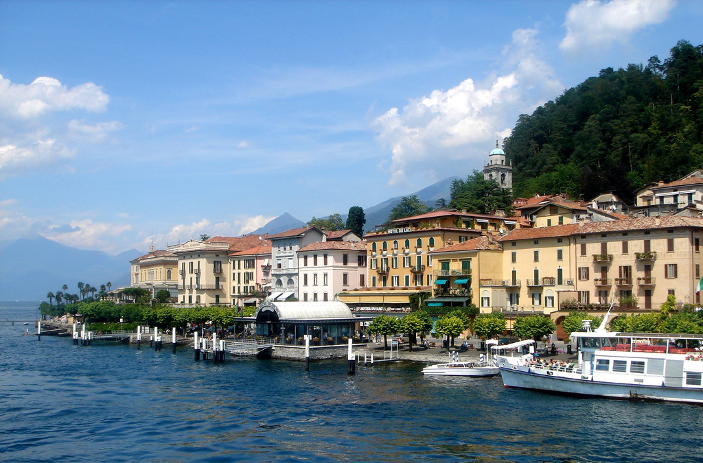 Bellagio dal traghetto - panoramio.jpg