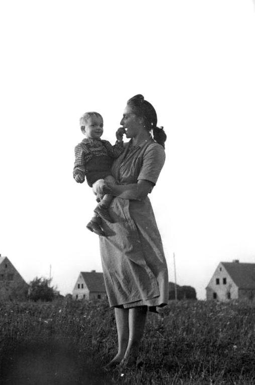 Frau mit kind kennenlernen