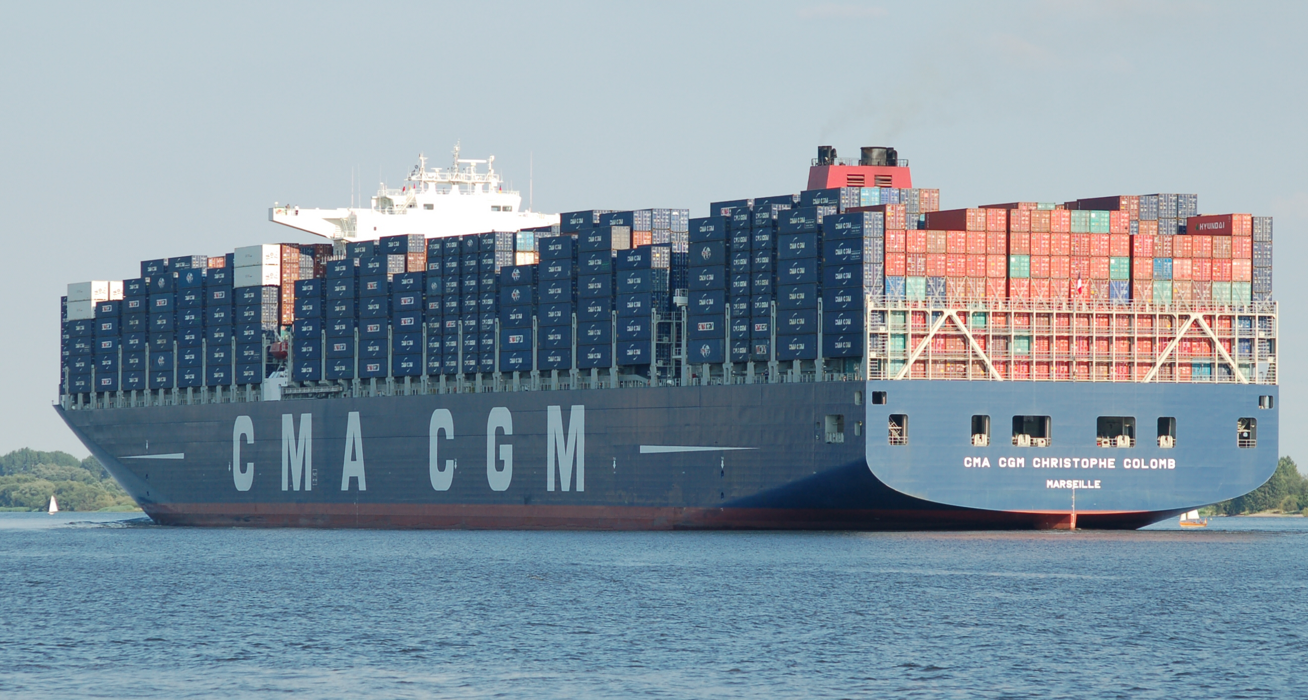 Description CMA CGM Christophe Colomb 04.jpg