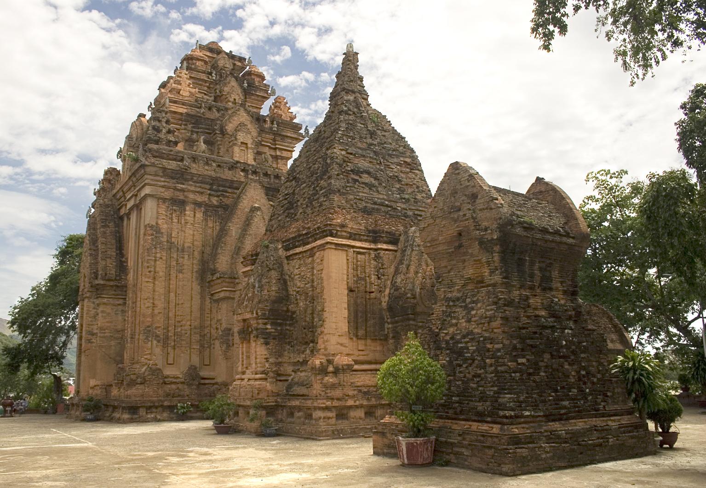 Cụm tháp tại Po Nagar