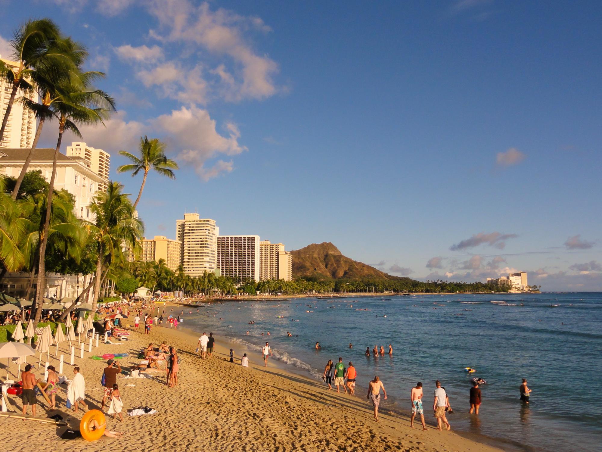 Waikiki Beach Hotel Infinity Pool