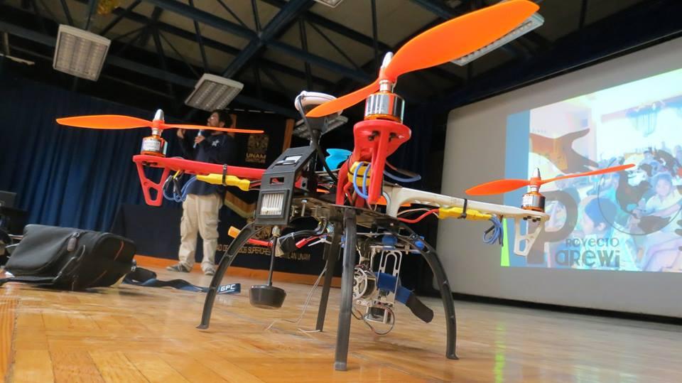 File:Drone Open Source, Facultad de Estudios Superiores