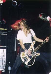 Gail Greenwood performing with Belly in 1995