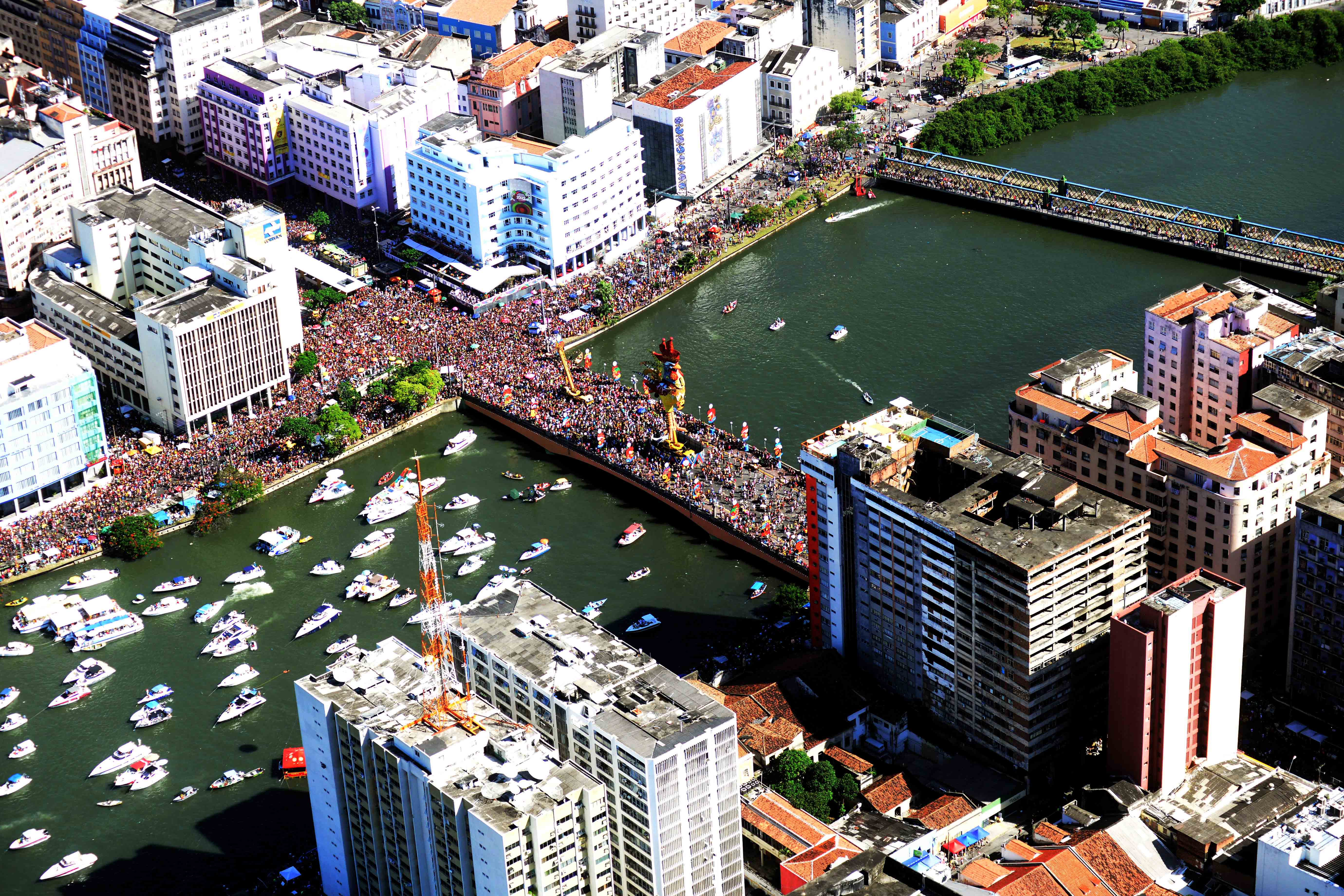 Descubre Carnaval de Janeiro Expresiones Culturales - Carnaval en Brasil