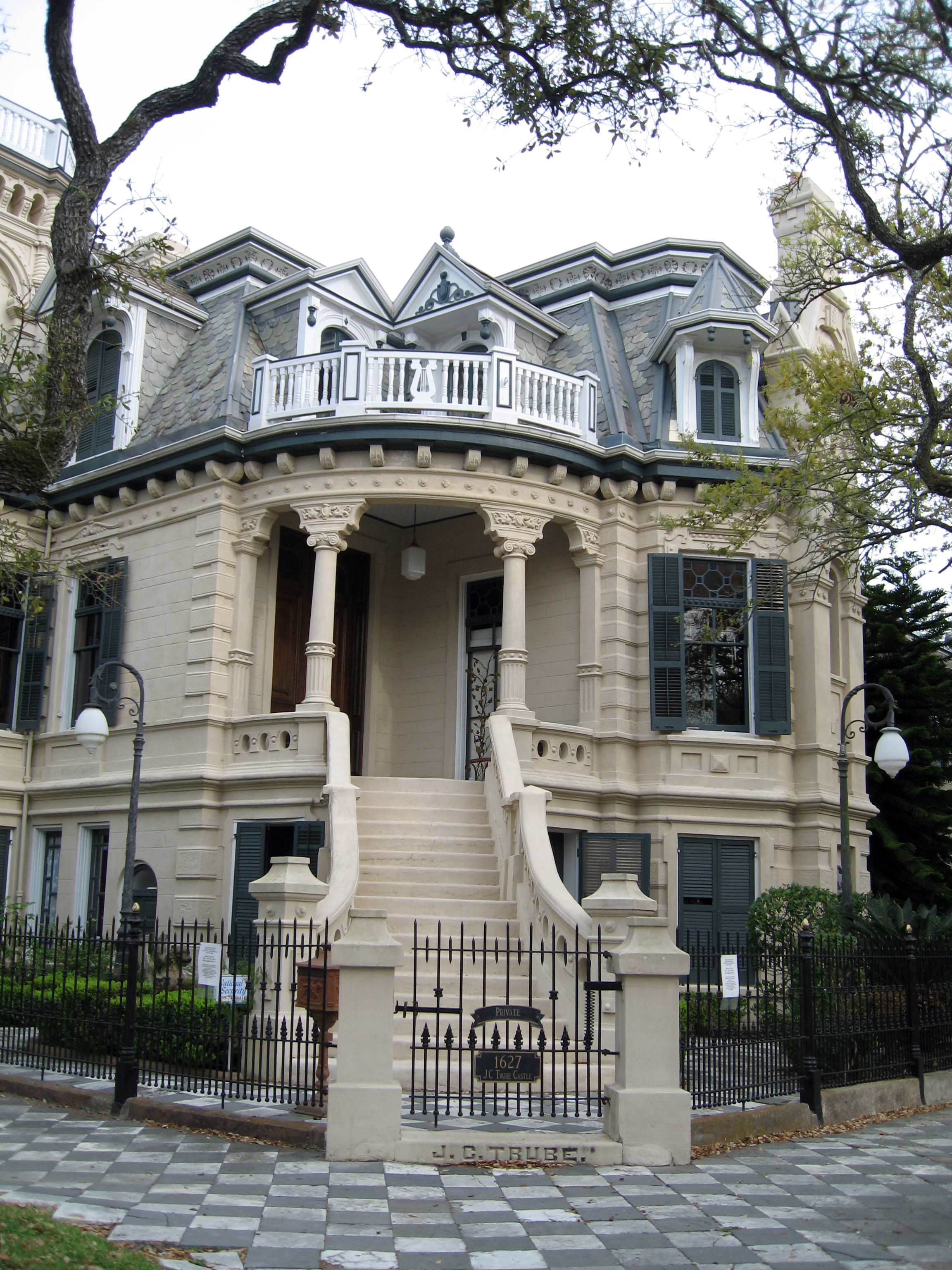 File galveston victorian trube castle for Usa home builders
