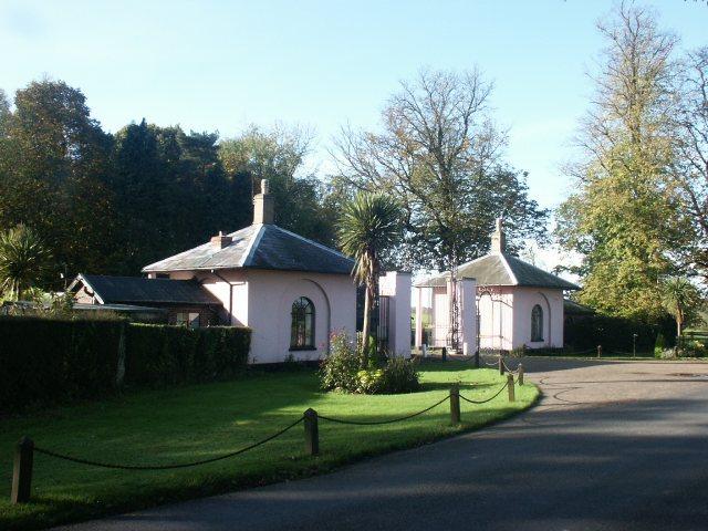 Gatehouse, Kimberley House - geograph.org.uk - 77336