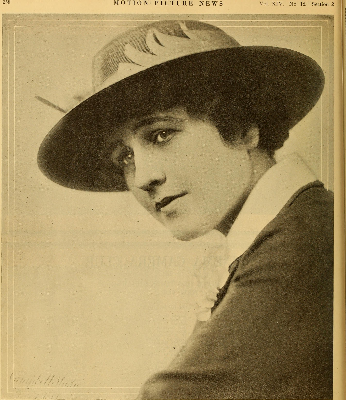 Gladys Hanson