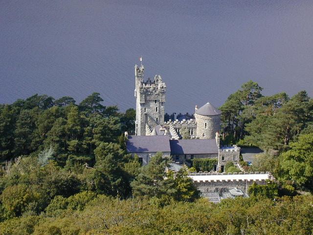 Glenveagh Castle - Wikipedia