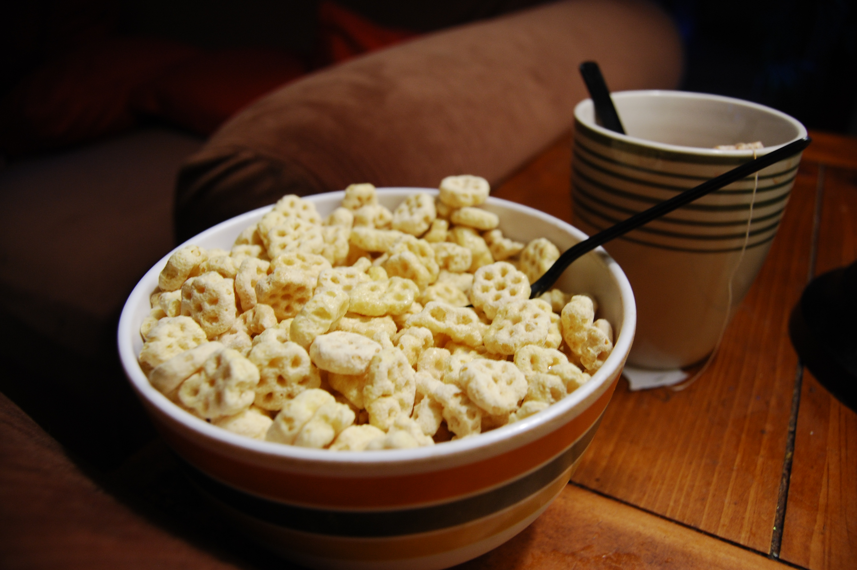 Honycomb_cereal.jpg
