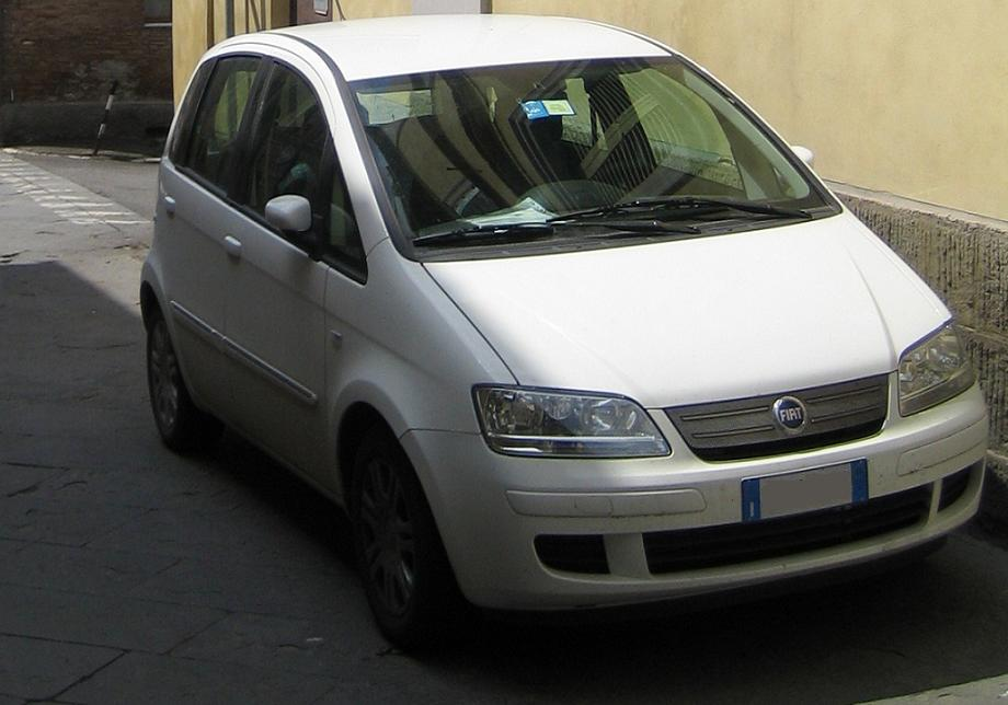 Dscn additionally Img Img C E B Bf further Px Fiat Punto Evo also Idea furthermore Dcf D C B. on fiat punto