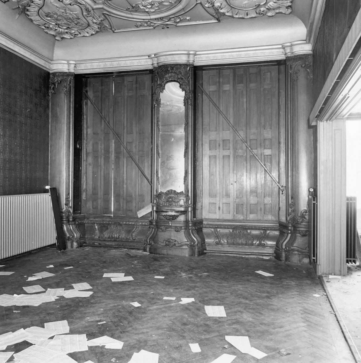 File interieur begane grond kamer middenachter met for Kamer interieur
