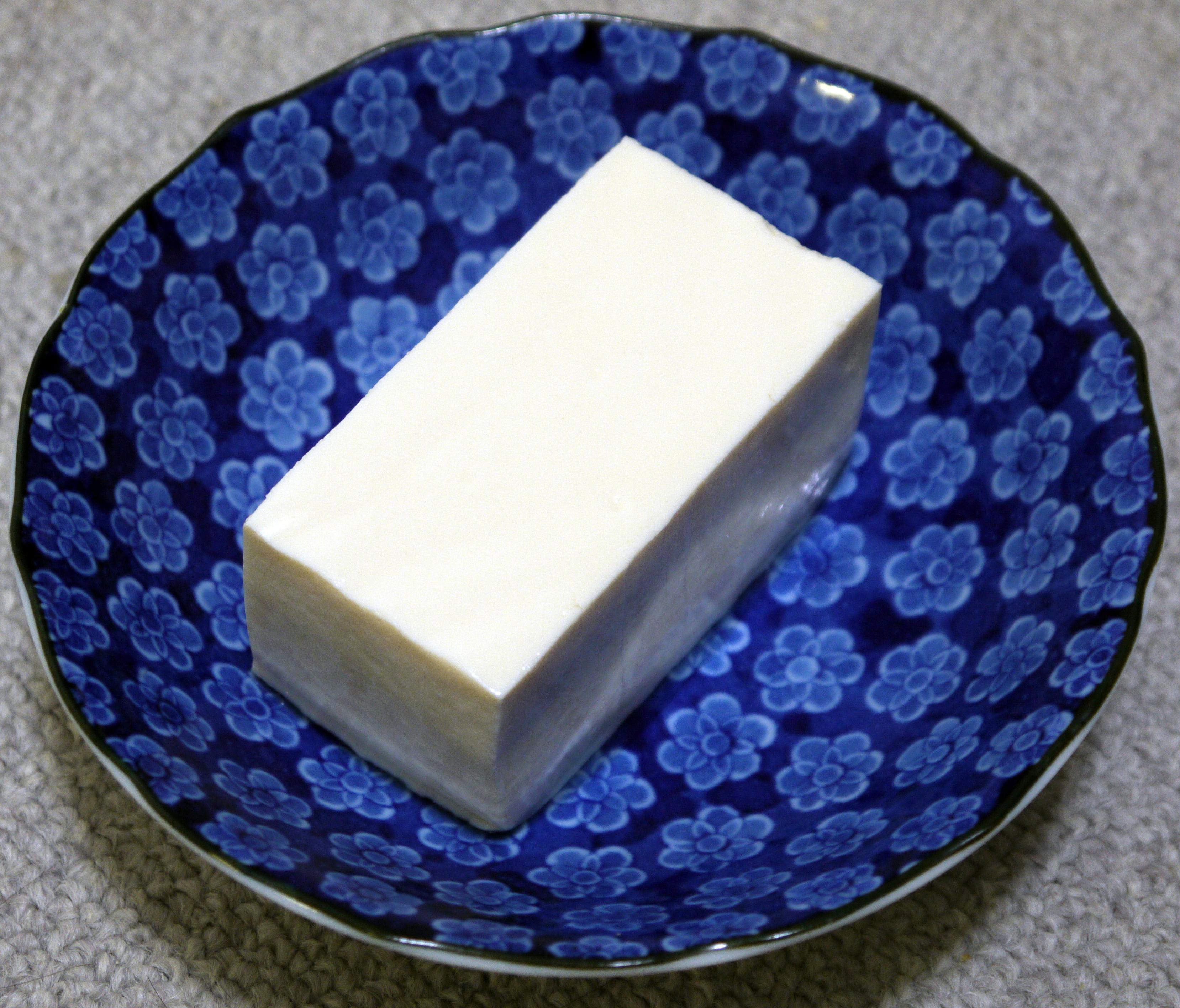 vad är tofu gjort av