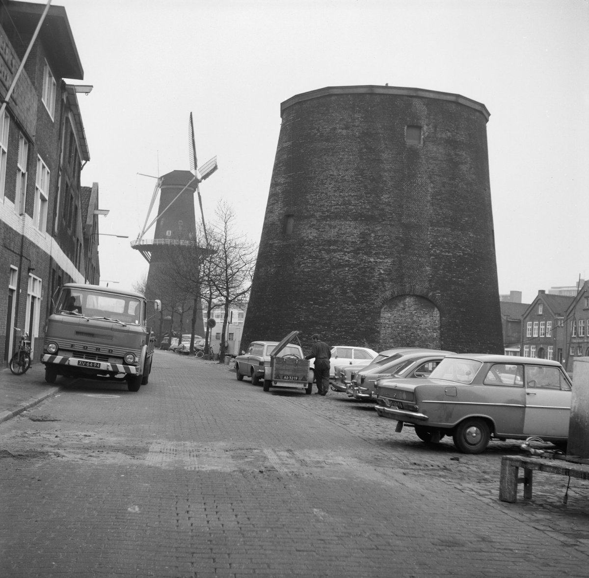 File:Korenmolen De Palmboom, verbrand 19-8-1901 - Schiedam