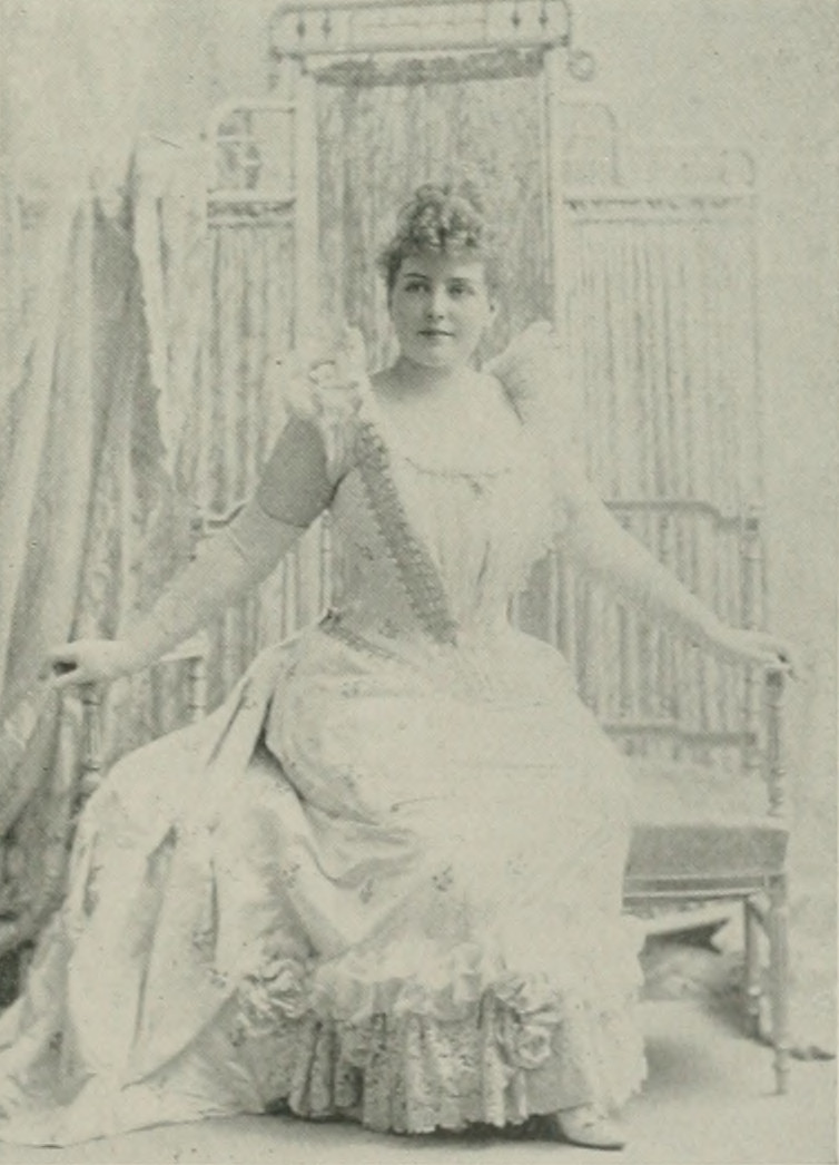 LILLIAN RUSSELL A woman of the century (page 637 crop).jpg