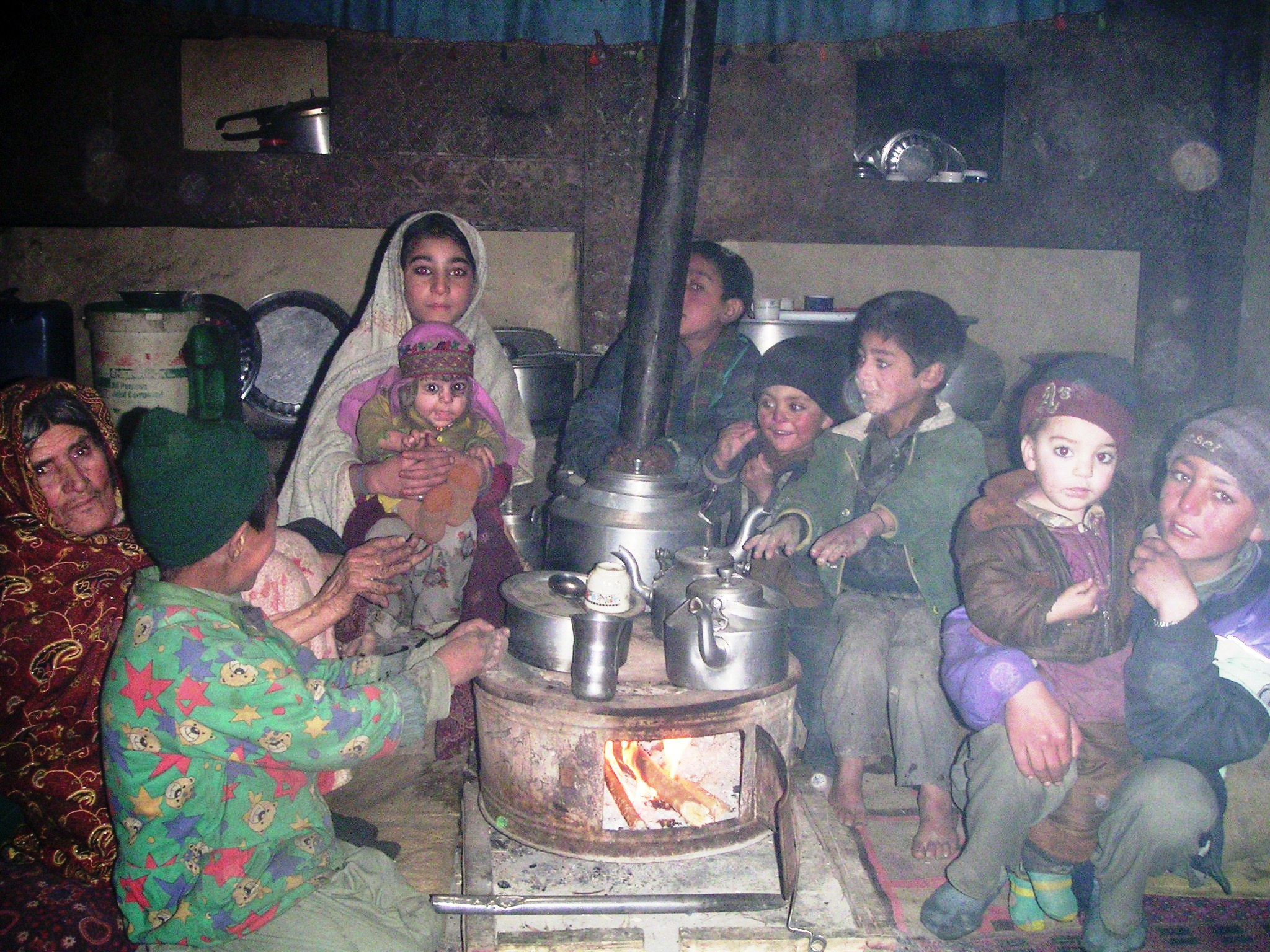 Filelocal children in shadandur valley in chitral pakistan listening a khowar language story from grand mother jpg