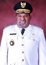 Lukas Enembe, Gubernur Papua Periode ke-2.jpg