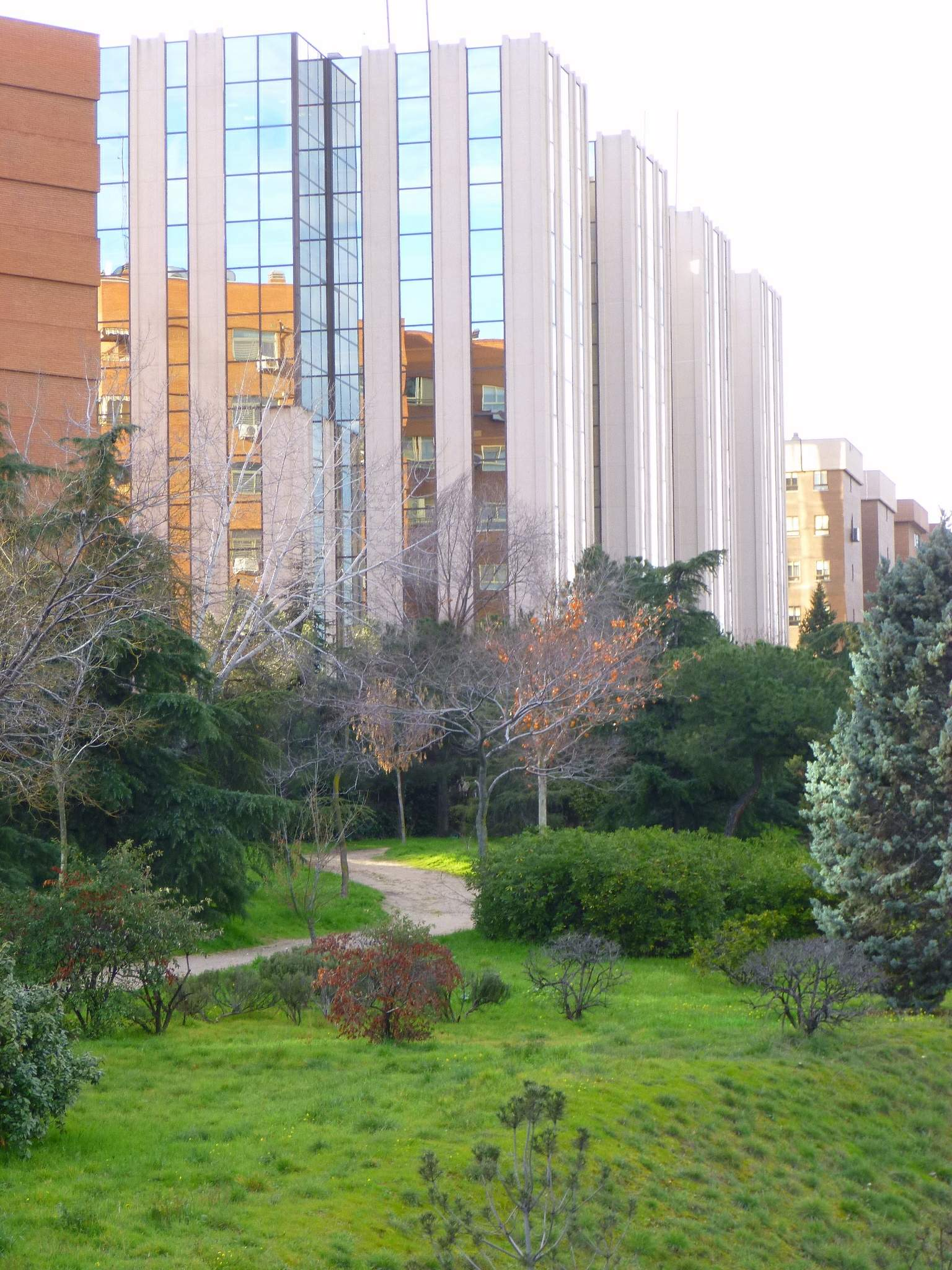 File:Madrid - Barrio de Pinar de Chamartín 2.JPG - Wikimedia Commons