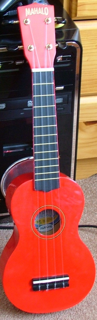 English: A Red Mahalo soprano ukelele