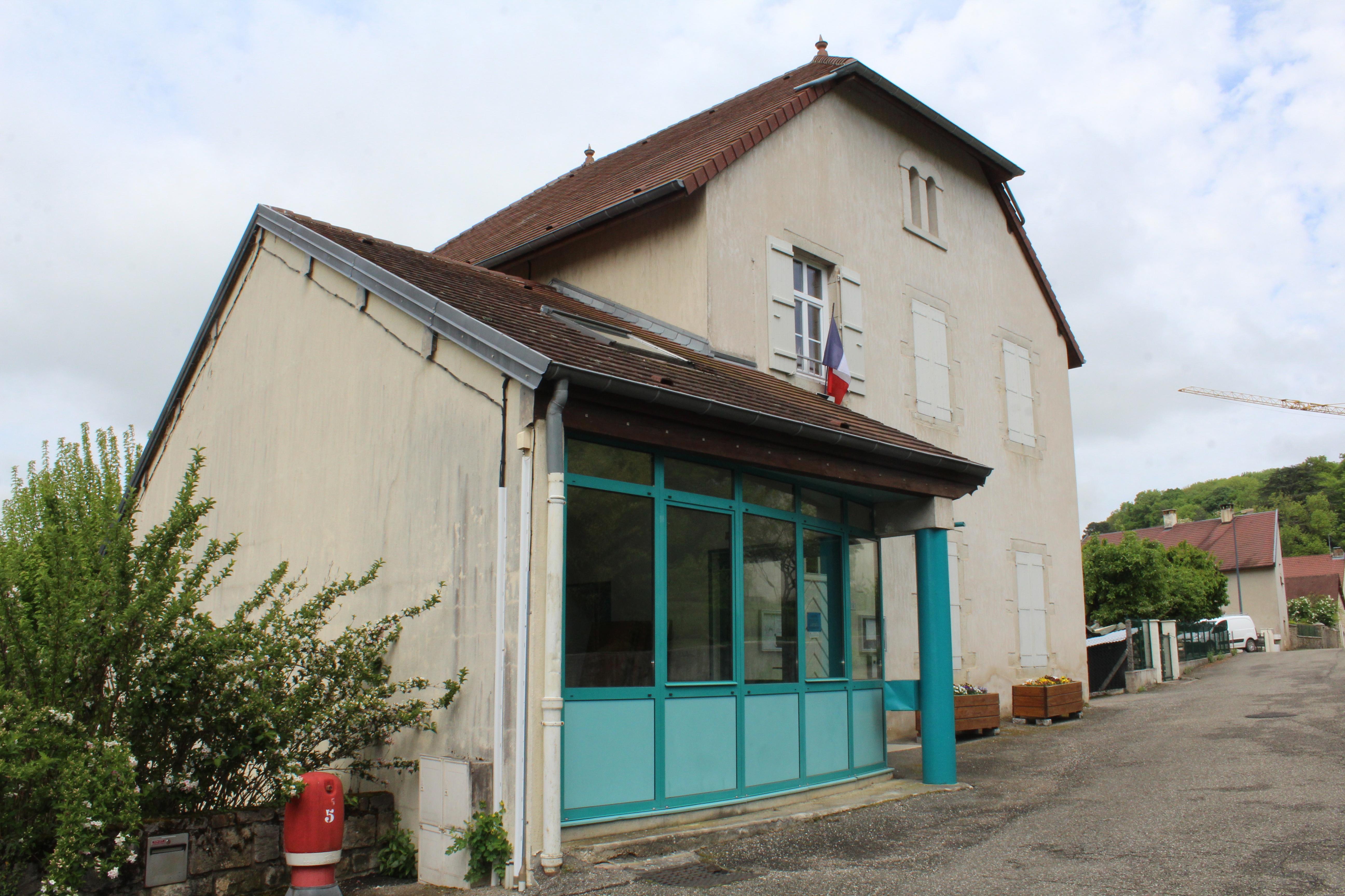 La Maison Du Bois Clairvaux chille - wikipedia