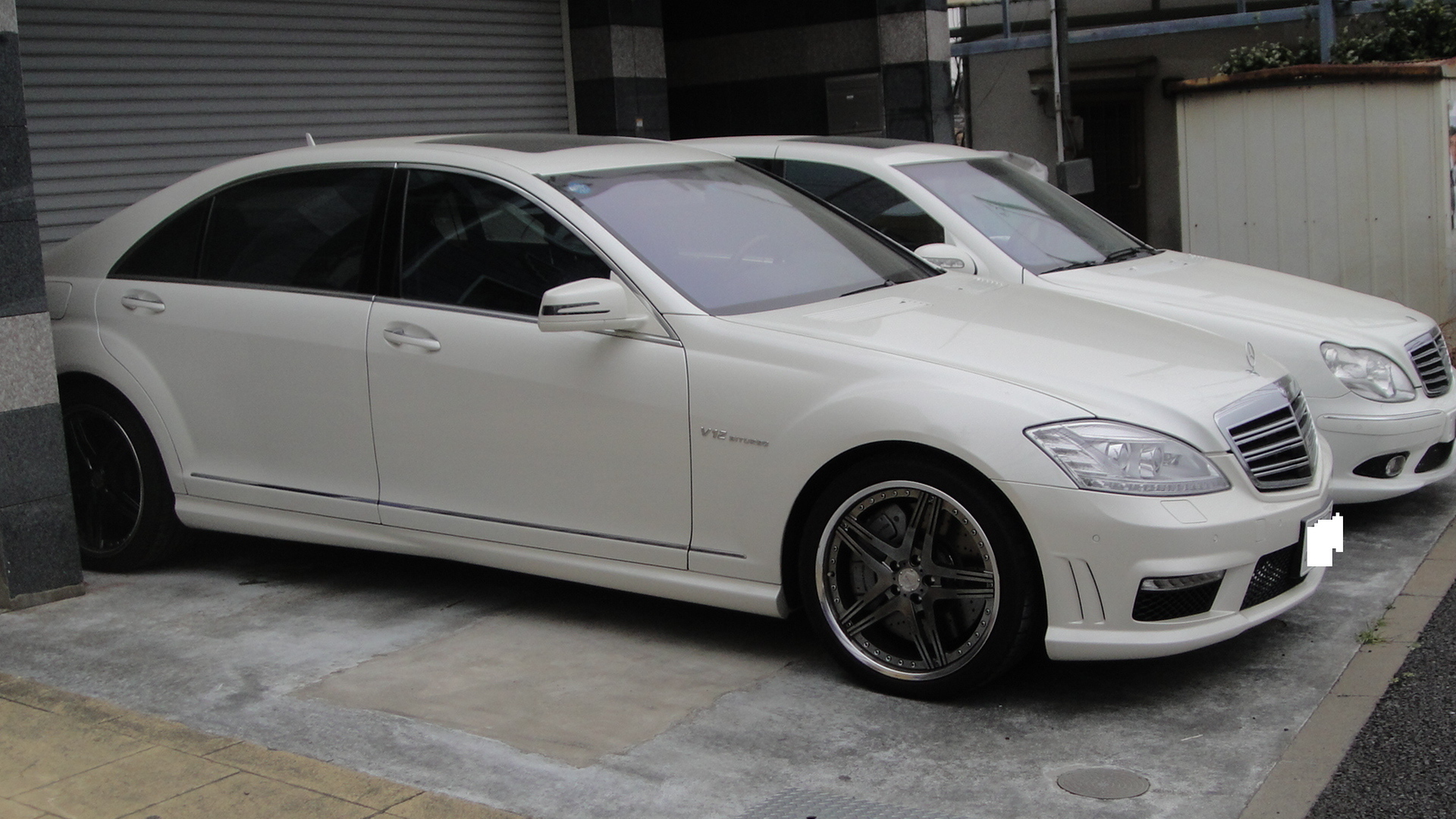 File mercedes benz s65amg long jpg wikimedia commons for Long mercedes benz