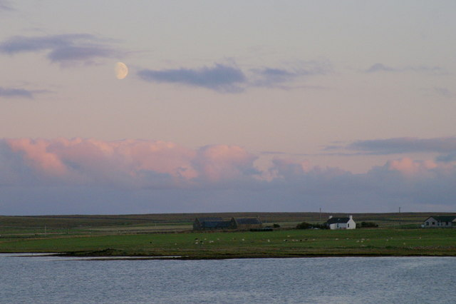 File:Moonrise over Ordale, Baltasound - geograph.org.uk - 1513472.jpg