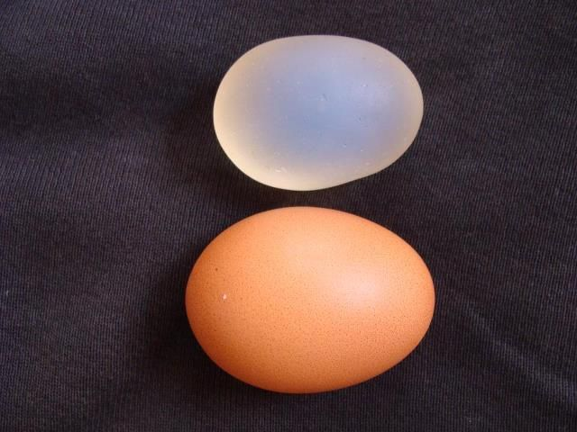 Moonstone compared to hen's egg