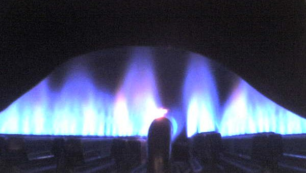English: Natural gas burning