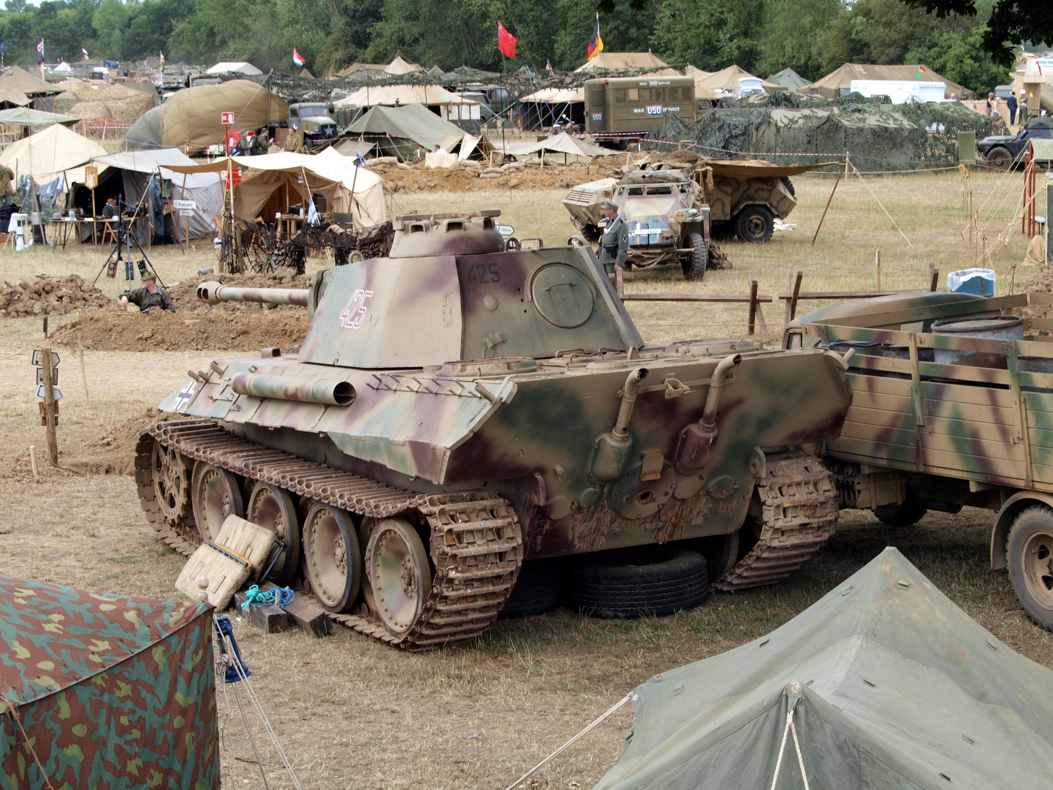 File:Panzer V, Panther pic-001.JPG - Wikimedia Commons