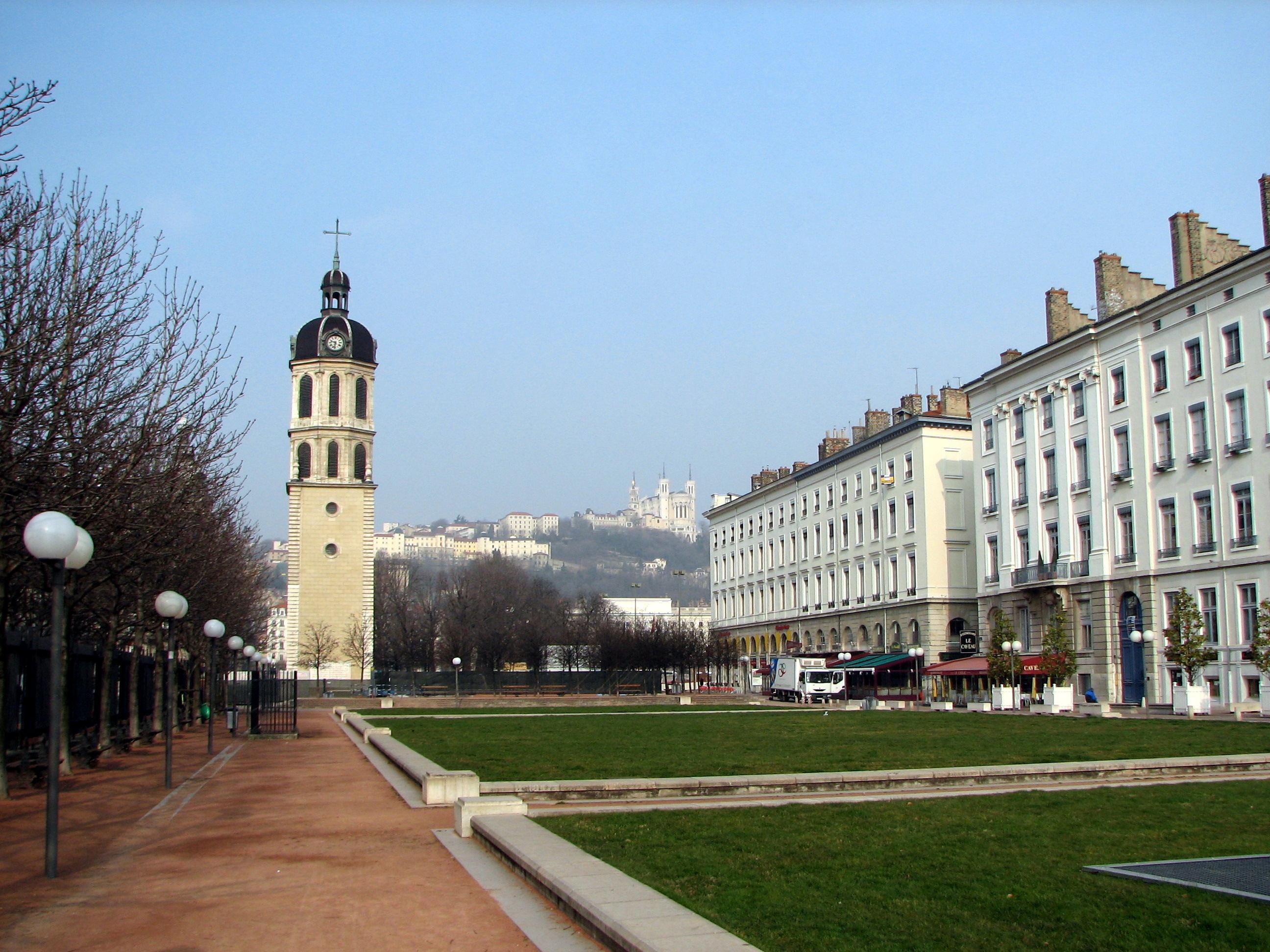 Hotel Lyon Place Bellecour