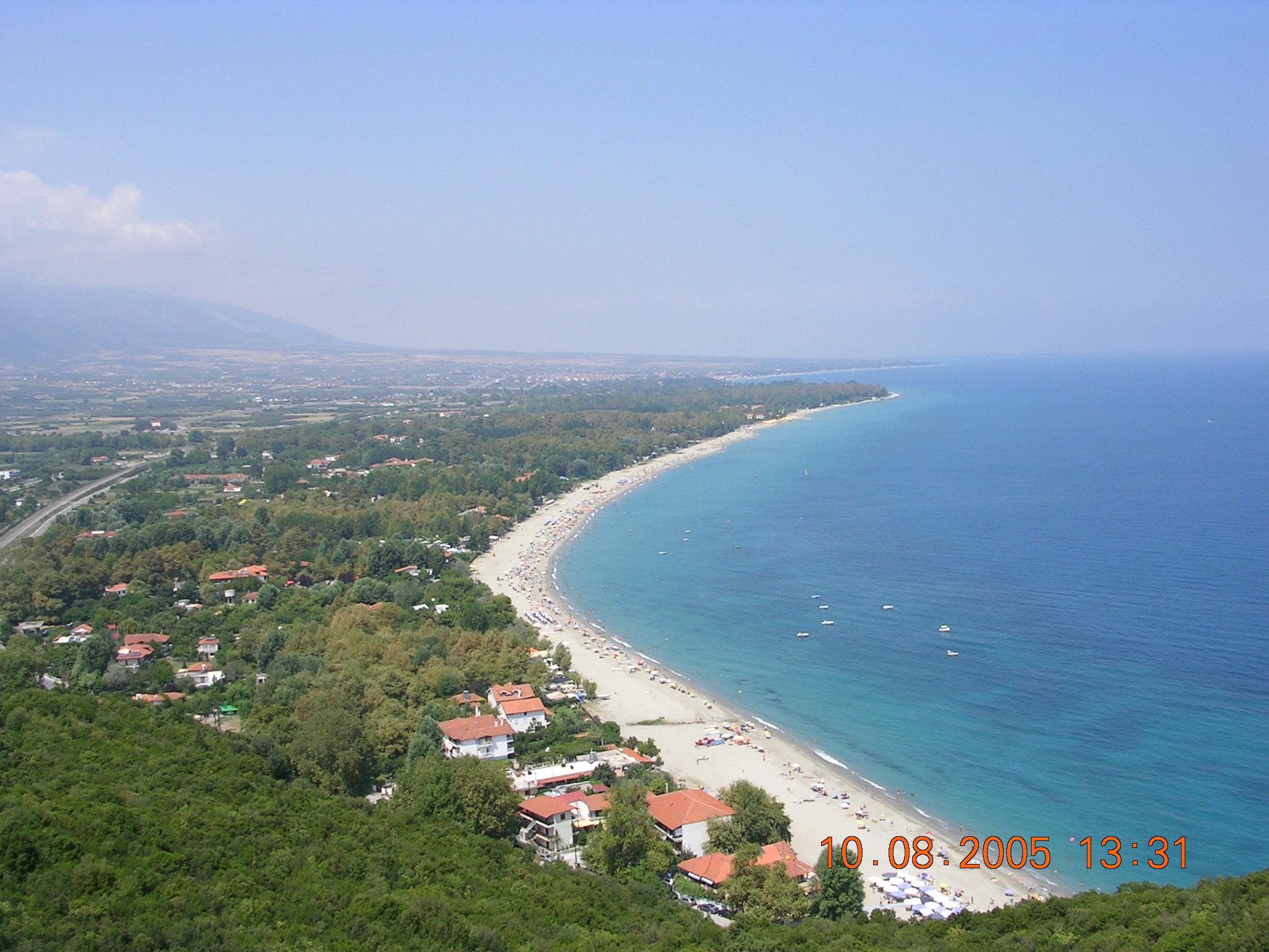 fichier platamonas beach  pieria  greece jpg  u2014 wikip u00e9dia