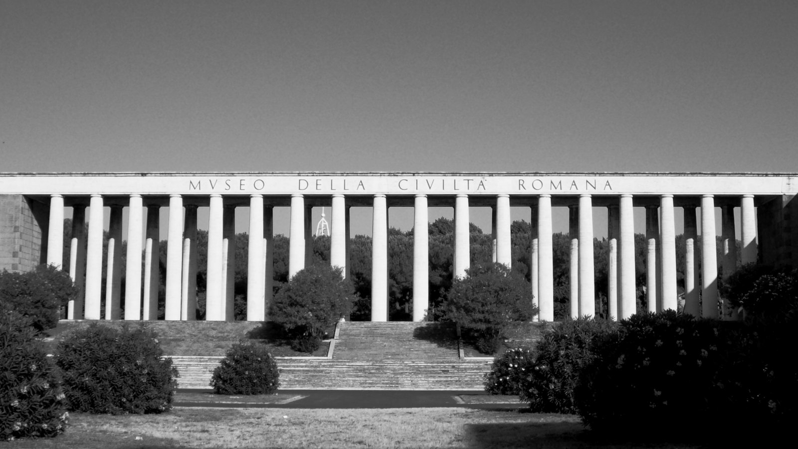 file roma eur colonnato mcr bw jpg wikimedia commons