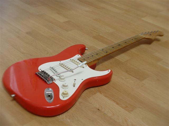 Chitarre Fender Stratocaster Custom Color
